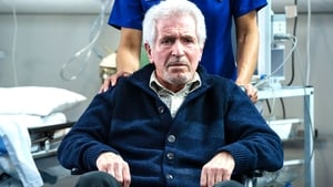 Casualty Season 29 :Episode 37  A Moment of Clarity