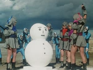 The Great Snow Woman's Snowball Fight