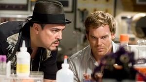 Dexter 1. Sezon 4. Bölüm izle