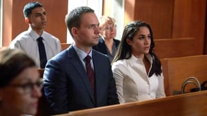 Suits Season 6 :Episode 13  Denti, naso, denti