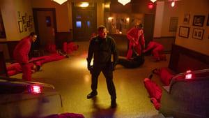 Arrow Season 7 :Episode 9  Elseworlds (II)
