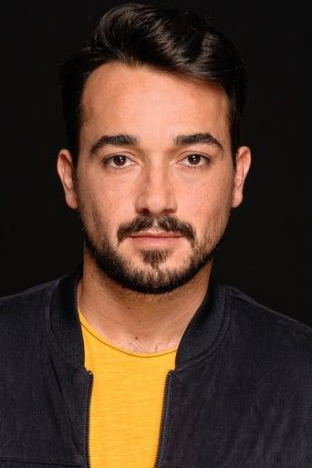 Image of Adrián Viador