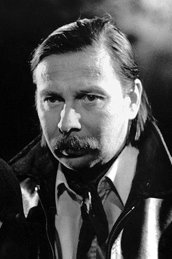 Image of Matti Pellonpää