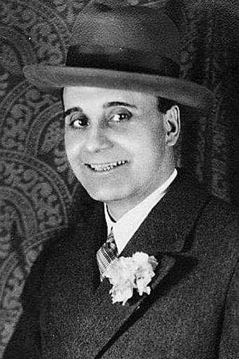 Image of Gabriel Algara