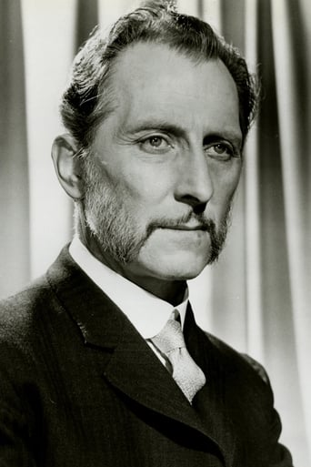 Peter Cushing  Descargas