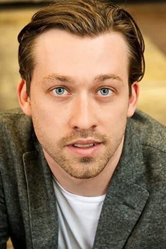 Image of Simon Stone