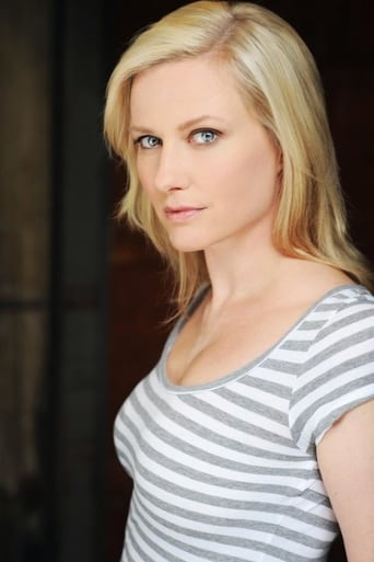 Image of Emily Holmes