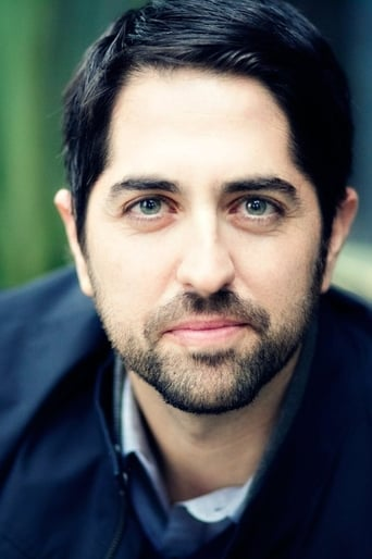 Image of Adam Saunders