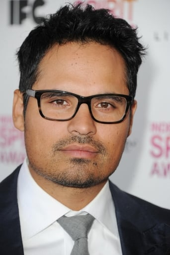 Image of Michael Peña