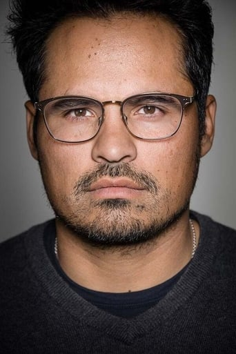 Image of Michael Peña