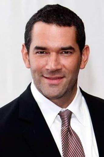 Image of Eduardo Santamarina