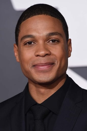 Image of Ray Fisher