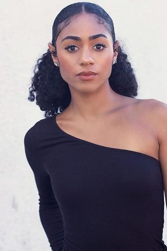 Image of Chelsea Tavares