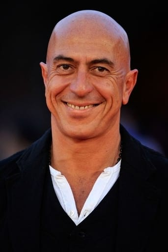 Image of Roberto Ciufoli