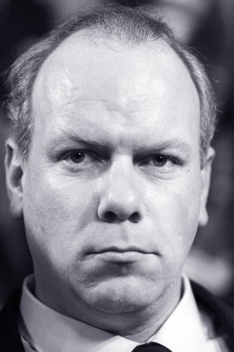 Image of Kenneth J. Warren