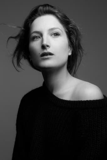 Image of Julia Piaton