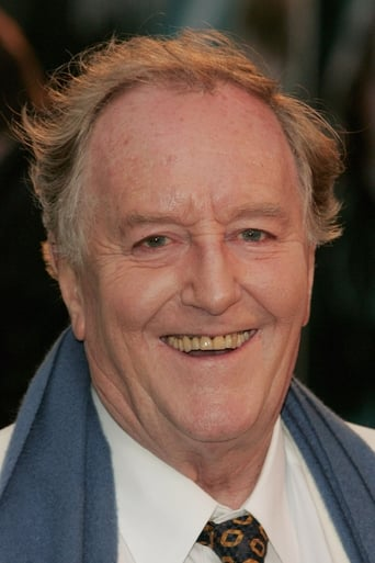 Image of Robert Hardy