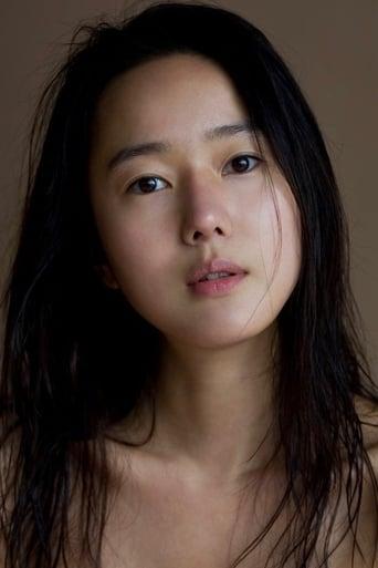 Image of Yoon Jin-seo