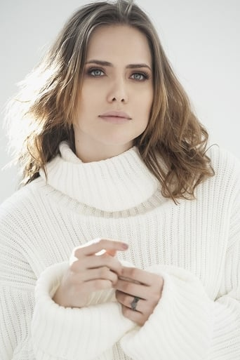 Image of Letícia Colin