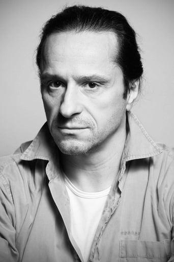 Image of Claudiu Bleonţ