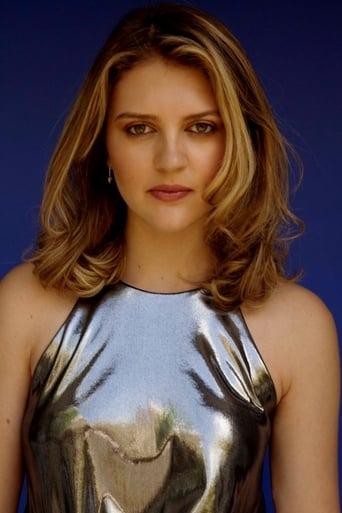 Image of Lara Peake