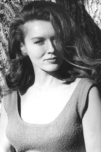 Image of Elaine Devry