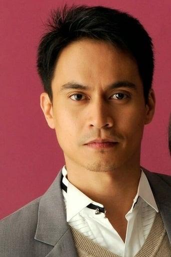 Image of Arnold Reyes