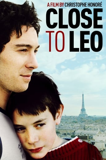 Poster of Close to Leo