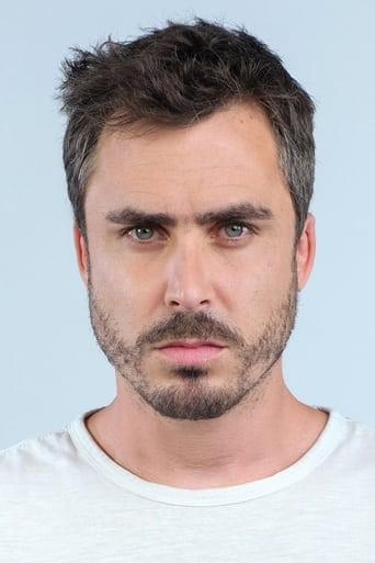 Image of Nicolás Oyarzún