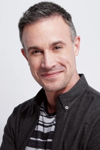 Image of Freddie Prinze Jr.
