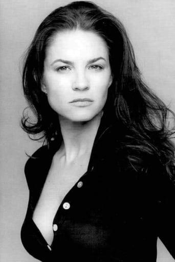 Image of Elizabeth Barondes