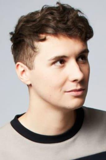 Image of Dan Howell