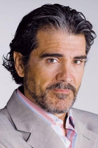 Image of Manuel Navarro