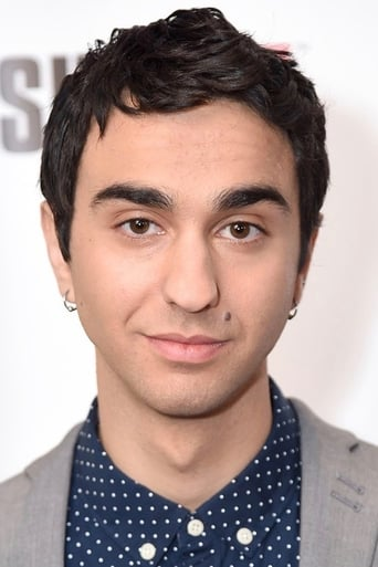 Image of Alex Wolff
