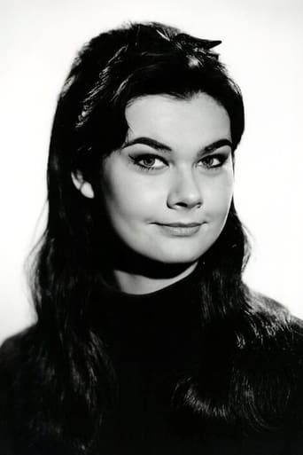 Image of Imogen Hassall