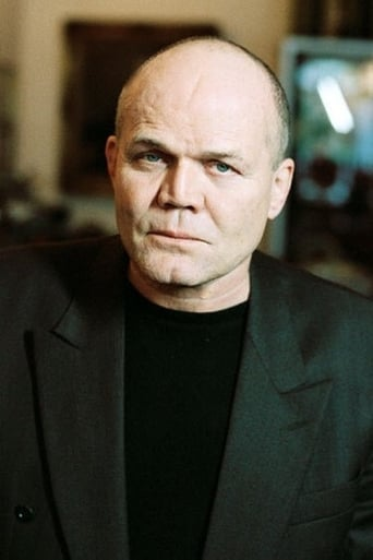 Image of Dan van Husen