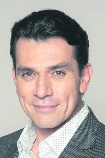 Image of Jorge Salinas