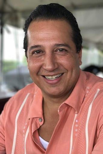 Image of Carlos Alberto López