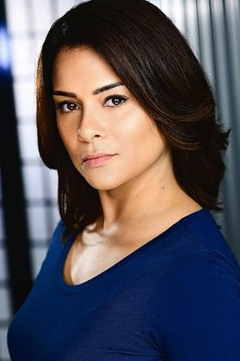 Image of Alisa Reyes