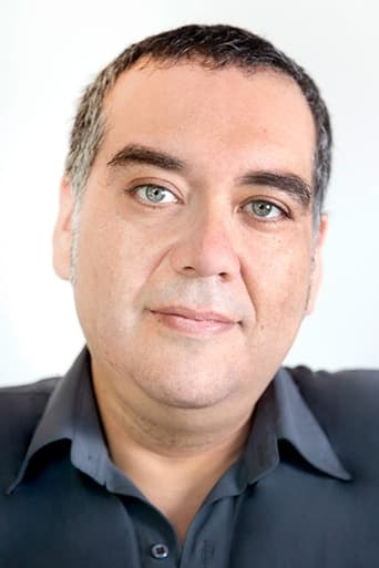 Image of Adrián Salgado