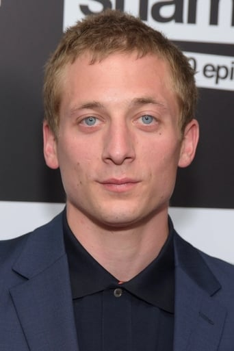 Image of Jeremy Allen White