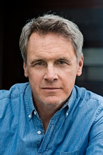 Image of Mark Moses