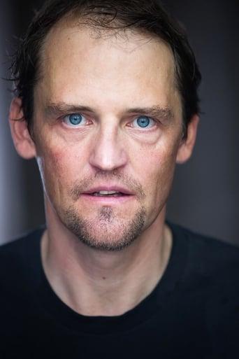 Image of Matthias Scherwenikas