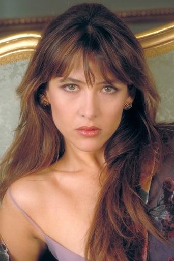 Sophie marceau filmy - sophie začala s herectvím již jako