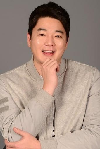 Image of Moon Ji-yoon