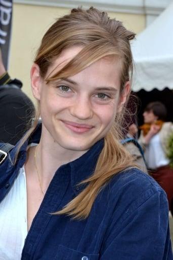 Image of Noémie Schmidt