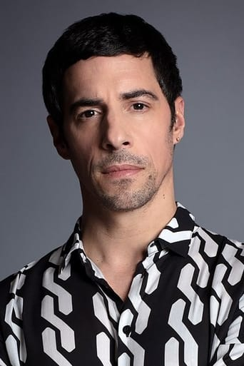 Image of Esteban Lamothe