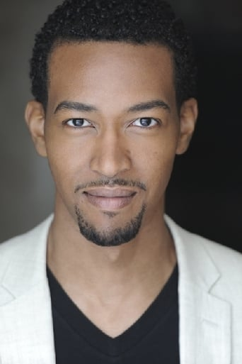 Image of Aaron Moss