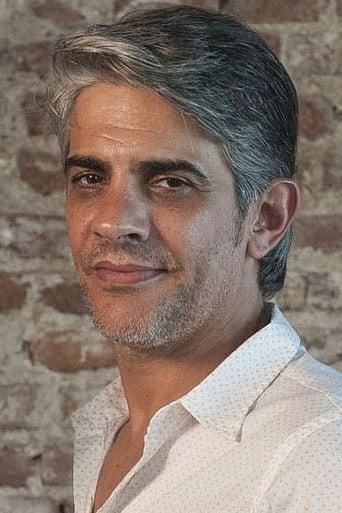 Image of Pablo Echarri