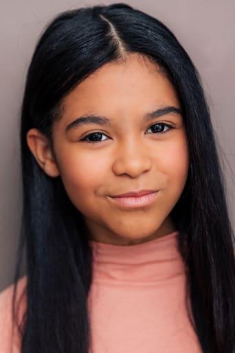 Image of Mia Fowler